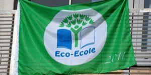 le-drapeau-eco-ecole-flotte-sur-le-college_273424_510x255